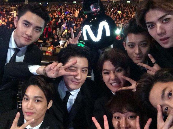 exo-members-at-mama-2014
